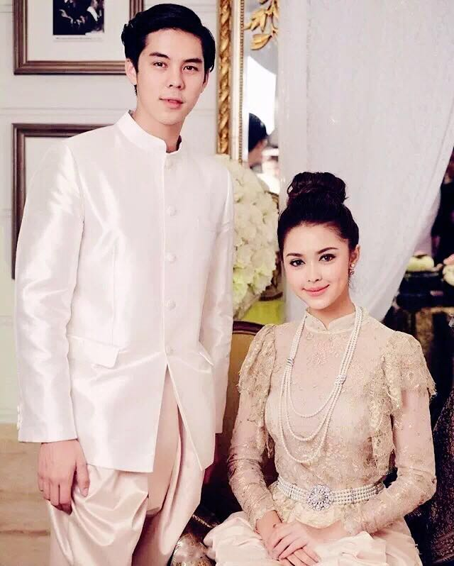 【泰娱新闻】Peach和小Pat双双出席生日派对 似准新郎新娘