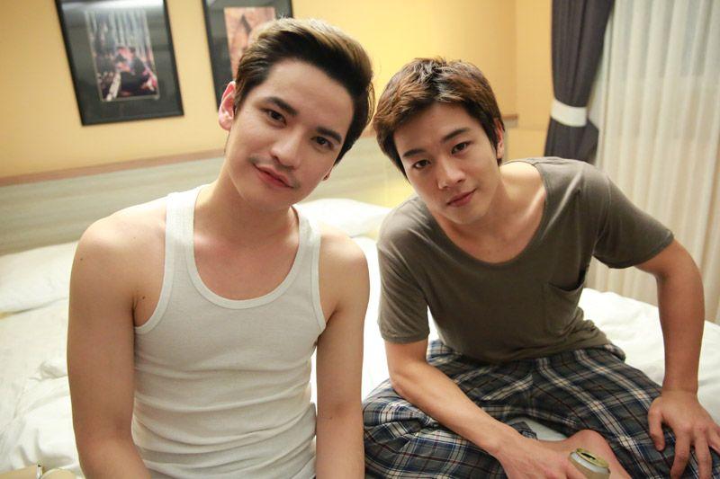 【泰娱新闻】Tao与Toni拍摄吻戏(泰剧《真爱抑或迷茫》)