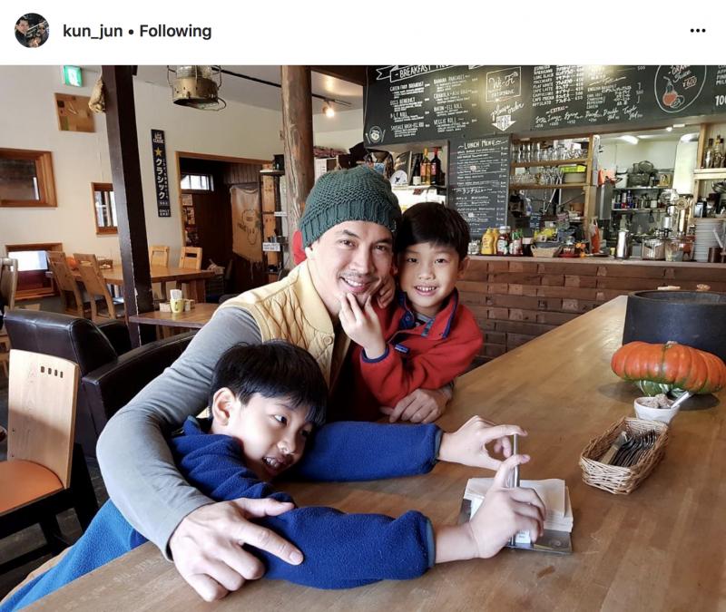 【泰娱新闻】孩子都有了却依然很火的泰国男星