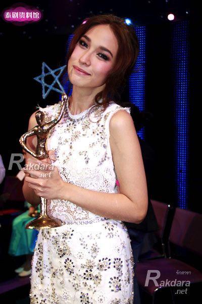 【泰娱新闻】获奖最多的泰国女星Top10