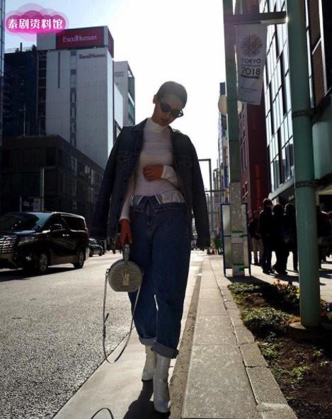 """【泰娱新闻】Yaya Urassaya 入选 """"Vogue World 100"""""""