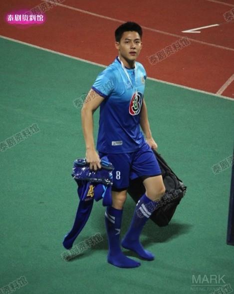 【泰娱新闻】盘点12位泰国男星的身高
