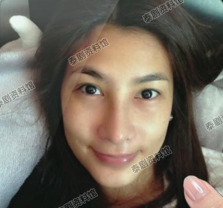 【泰娱新闻】《天生一对》中女演员们的素颜照