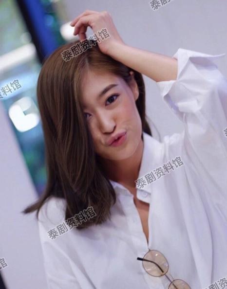 【泰娱新闻】4为曾经是网红的泰国明星