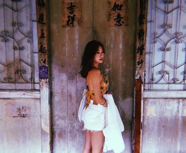 【泰国娱乐】吉姐 Gypsy Keerati 普吉岛游玩,穿性感抹胸