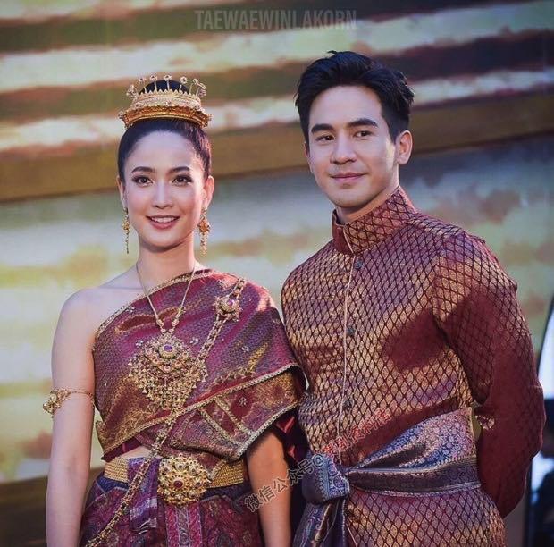 【泰国娱乐】Taew Natapohn 解释没能和 Pope Thanawat 合作的原因