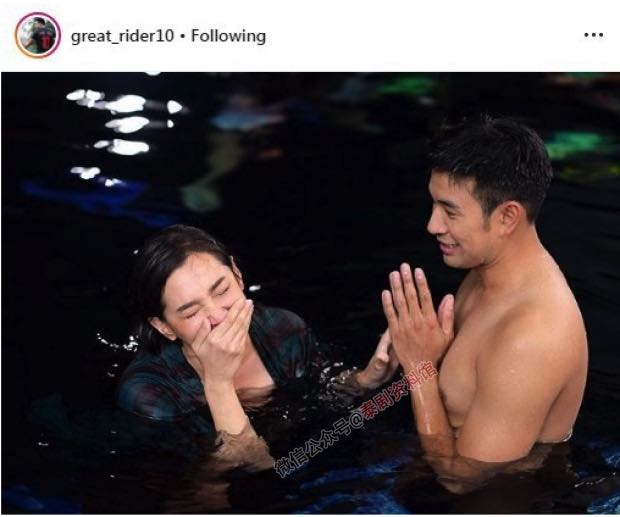 【泰国娱乐】Bella Ranee 和 Great Warintorn 拍摄水下场景