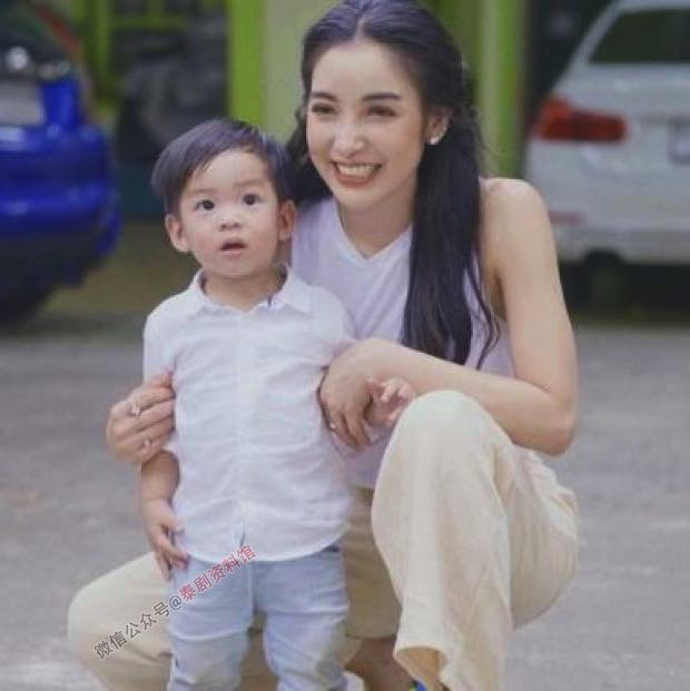 【泰国娱乐】Pat Napapa 已经与亲身母亲取得联系