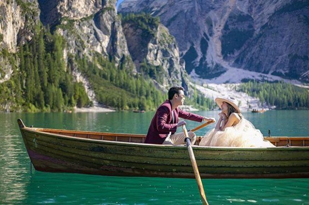 【泰国娱乐】Kan Kantathavorn 前往欧洲拍摄婚纱照外景