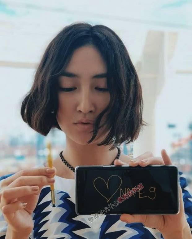 【泰国娱乐】Pancake Khemanit 上传短发造型的照片