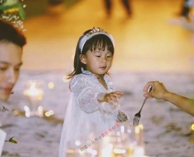 【泰国娱乐】徐志贤给老婆 Gubgib 举办了梦幻般的生日派对