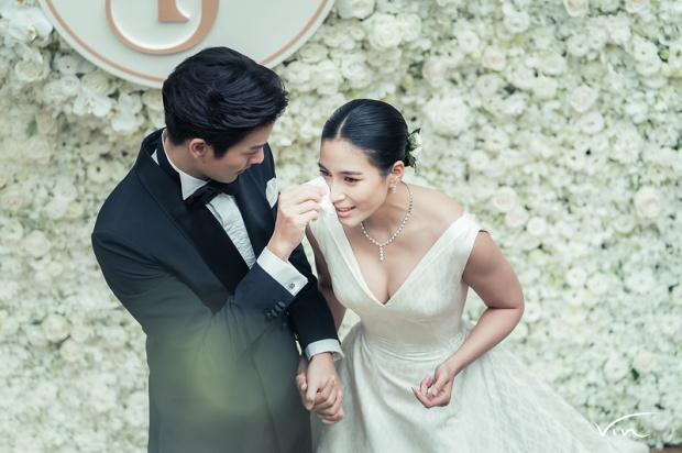 【泰国娱乐】Push Putthichai 和 Jui Warattaya 婚后更甜