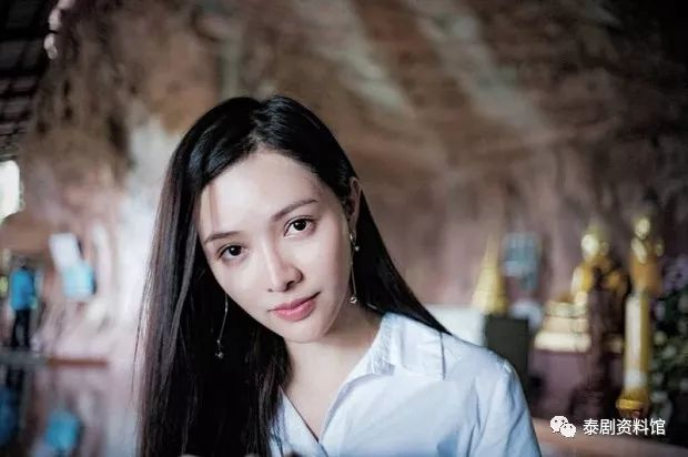 【泰国娱乐】造成 Toomtam 与 Yingying 分手的第三者疑为老挝女星