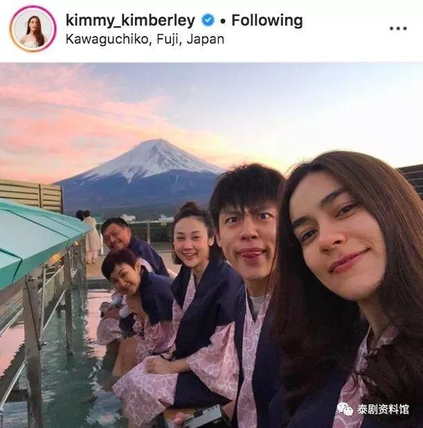 【泰国娱乐】Mark Prin 带家人及女友 Kim Kimberley 到日本度假