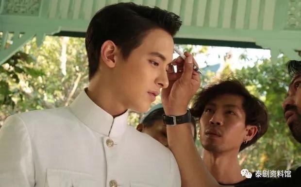【泰国娱乐】James Jirayu 与 Taew 新剧《前世的诡计》首次公布幕后花絮